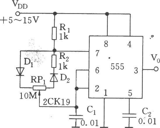 如图所示,555与R1、R2、RP1、D1、D2、C1组成无稳态多谐振荡器。Dl、 D2分别为充电和放电回路的导引管。  从以上公式可见,不管RP1如何调节,不影响振荡周期T的值。图示参数的振荡频率约为20Hz左右。
